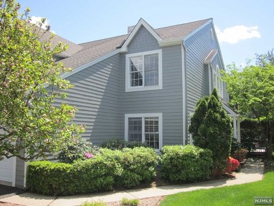 Wyckoff Condo/Townhouse For Sale: 204 Barrister Court