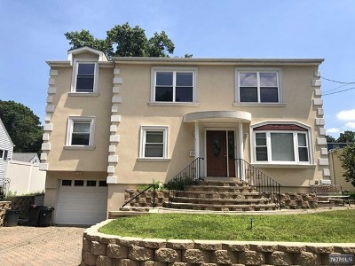 Fair Lawn Single Family Home For Sale: 11-05 Malcolm Terrace