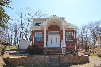 North Haledon Single Family Home For Sale: 208 Terrace Avenue