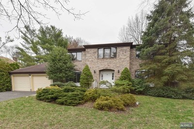 Closter Single Family Home For Sale: 68 Trautwein Crescent