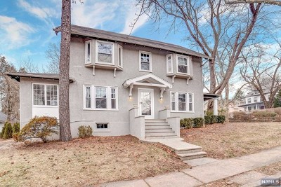 Ridgewood Single Family Home For Sale: 103 Richmond Avenue