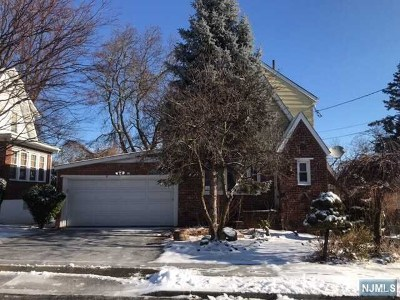 Clifton Single Family Home For Sale: 16 Silleck Street