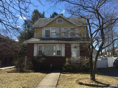 Englewood Single Family Home For Sale: 176 Lake Street