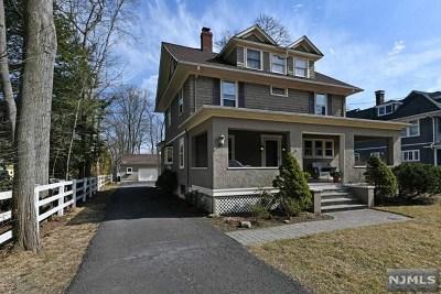 Ridgewood Single Family Home For Sale: 141 South Van Dien Avenue
