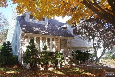 Teaneck Single Family Home For Sale: 163 Voorhees Street