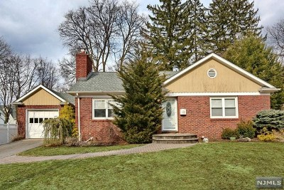 Closter Single Family Home For Sale: 339 Demarest Avenue