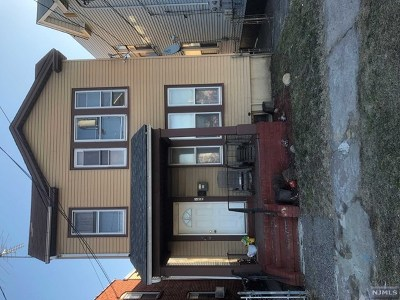 Paterson Multi Family 2-4 For Sale: 299 Pennsylvania Avenue