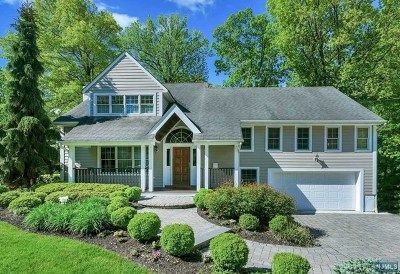 Bergen County Single Family Home For Sale: 92 Downey Drive
