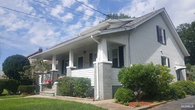 Hawthorne Single Family Home For Sale: 53 Brookside Avenue
