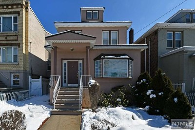 North Bergen Single Family Home For Sale: 8524 Kennedy Boulevard