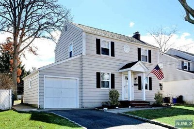 Essex County Single Family Home For Sale: 107 Garrabrant Avenue