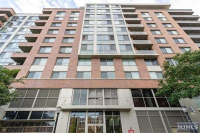 Hoboken NJ Condo/Townhouse For Sale: $800,000