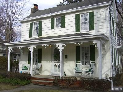 Morris County Single Family Home For Sale: 21 Morris Avenue