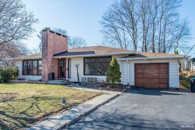Essex County Single Family Home For Sale: 131 Franklin Street