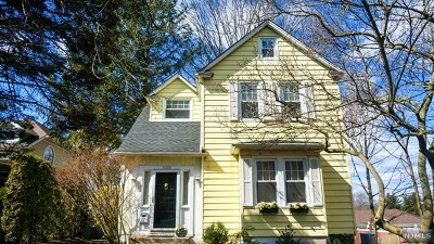 Tenafly Single Family Home For Sale: 109 Magnolia Avenue
