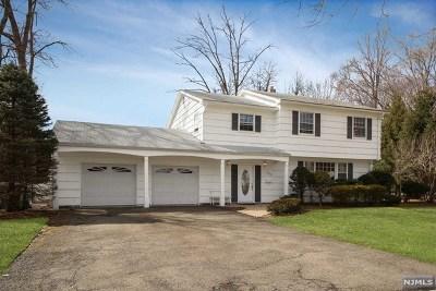 Paramus Single Family Home For Sale: 471 Tulane Court