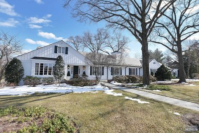 Ridgewood Single Family Home For Sale: 501 Knollwood Road