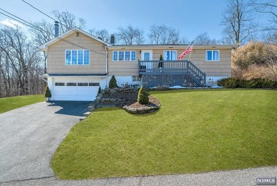 West Milford Single Family Home For Sale: 24 Juniata Street