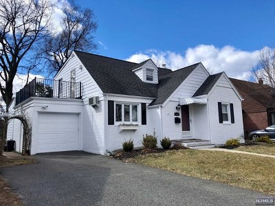 Fair Lawn Single Family Home For Sale: 5-18 6th Street
