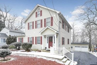 Montvale Single Family Home For Sale: 18 Franklin Avenue