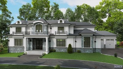 Tenafly Single Family Home For Sale: 11 Edgewood Street