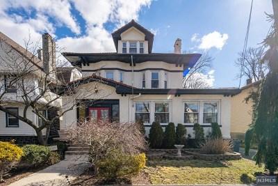 Fort Lee Single Family Home For Sale: 1016 Abbott Boulevard