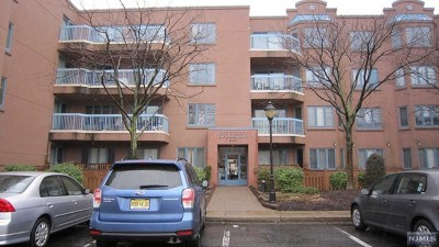 Edgewater Condo/Townhouse For Sale: Ph8 Stockton Court
