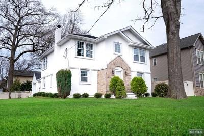 River Edge Single Family Home For Sale: 190 Monroe Avenue