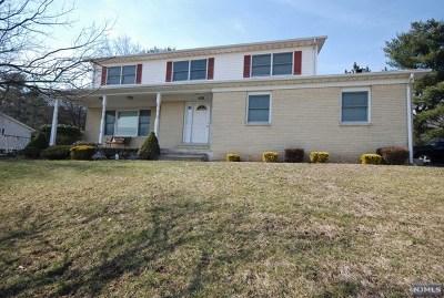Totowa Single Family Home For Sale: 344 Barnert Avenue