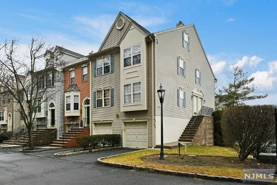 Ramsey NJ Condo/Townhouse For Sale: $375,000