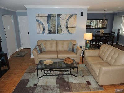 Hackensack NJ Condo/Townhouse For Sale: $209,900