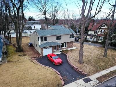 Englewood Single Family Home For Sale: 42 East Hudson Avenue