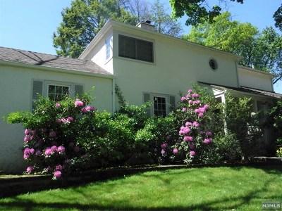 Ho-Ho-Kus Single Family Home For Sale: 514 Ackerman Avenue