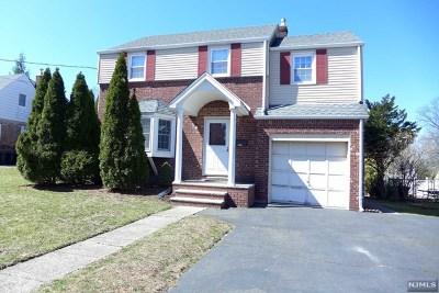 River Edge Single Family Home For Sale: 425 Mercer Avenue