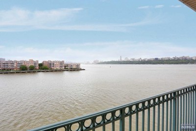 Edgewater NJ Condo/Townhouse For Sale: $585,000