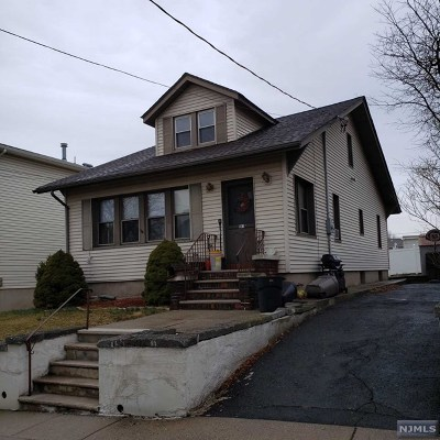 Carlstadt Single Family Home For Sale: 541 Summit Avenue