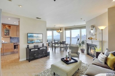 Weehawken NJ Condo/Townhouse For Sale: $1,100,000