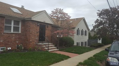 Lyndhurst Single Family Home For Sale: 423 Forest Avenue