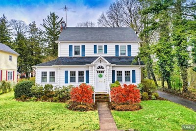 Demarest Single Family Home For Sale: 52 Northwood Avenue