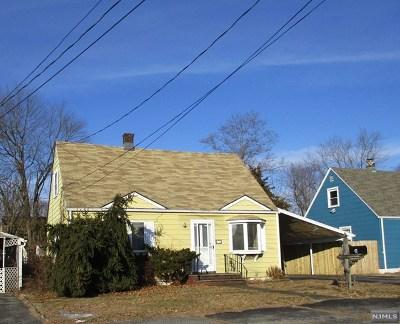 Wanaque Single Family Home For Sale: 41 Smith Avenue