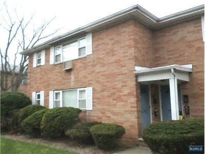 Fair Lawn Condo/Townhouse For Sale: 39-01 Broadway