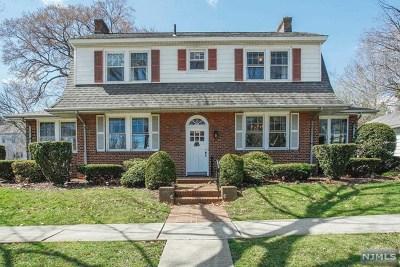 Ridgefield Park Single Family Home For Sale: 74 Hudson Avenue