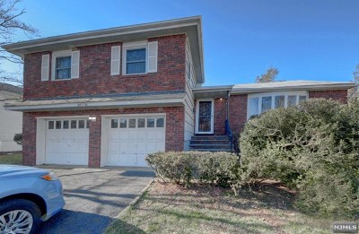 Fair Lawn Single Family Home For Sale: 38-31 Allwood Place