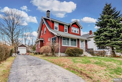 Teaneck Single Family Home For Sale: 378 Woodbine Street