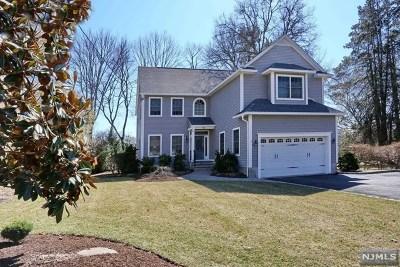 Waldwick Single Family Home For Sale: 16 Sherman Avenue