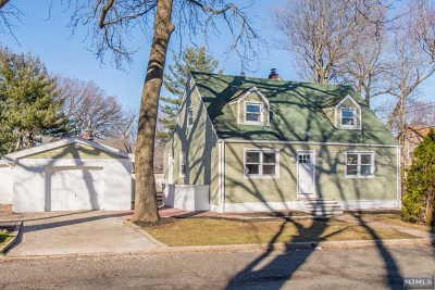 Teaneck Single Family Home For Sale: 97 Prospect Terrace
