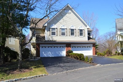 Passaic County Condo/Townhouse For Sale: 67 Gannett Court