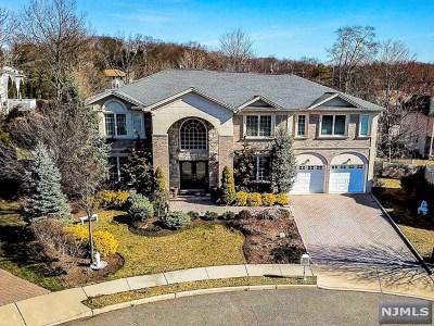 Paramus Single Family Home For Sale: 5 Merrimack Court