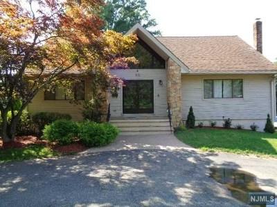 Little Falls Single Family Home For Sale: 100 Ridge Road