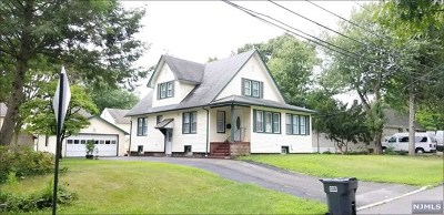 Bergenfield Single Family Home For Sale: 288 West Main Street